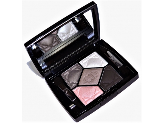 Zoom στο CHRISTIAN DIOR 5 COULEURS PALETTE REGARD COUTURE (ΠΑΛΕΤΑ ΣΚΙΩΝ 5 ΧΡΩΜΑΤΩΝ) 056-BAR