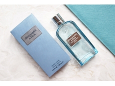 Zoom στο Abercrombie & Fitch first instinct blue WOMAN EDP 50ml SPR