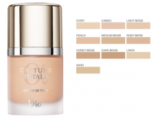 Zoom στο Christian Dior Capture Totale radiance restoring serum foundation spf 15 30 ml