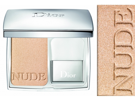 Zoom στο CHRISTIAN DIORSKIN NUDE COMPACT POWDER MAKE UP