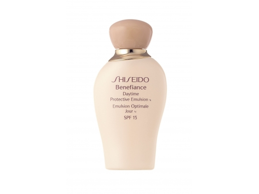 Zoom στο Shiseido Benefiance Daytime Protective Emulsion SPF 15 PA+75 ml